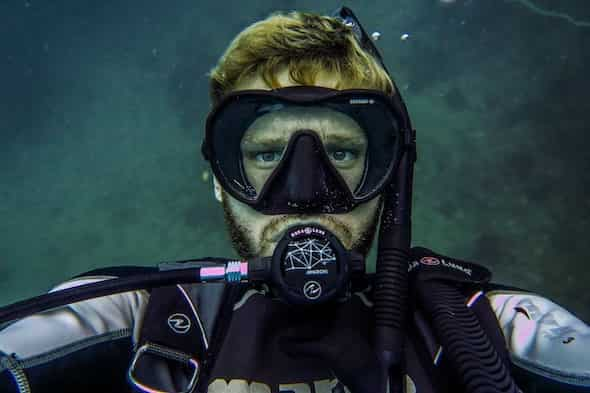 Bearded Diver